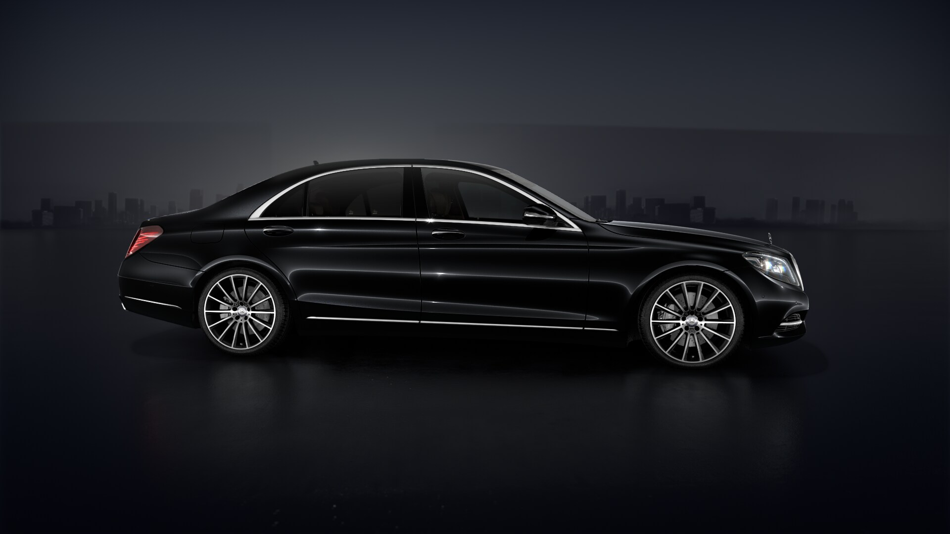 mercedes benz s class s500l 4matic alphubel limousine service. Black Bedroom Furniture Sets. Home Design Ideas
